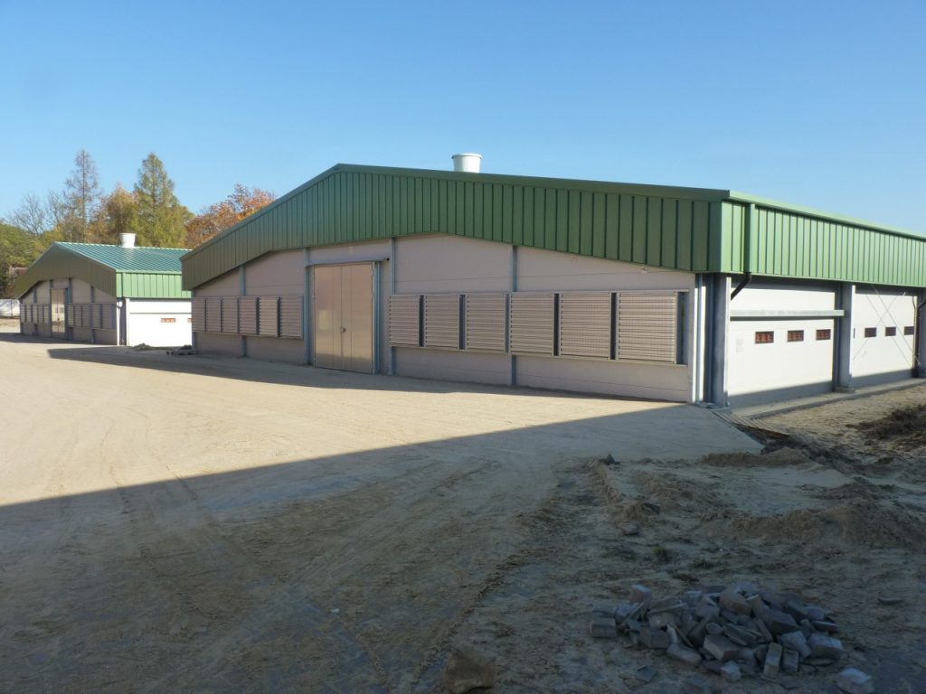 energy efficient chicken farm
